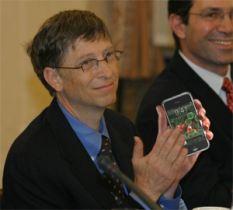 bill-gates-iphone